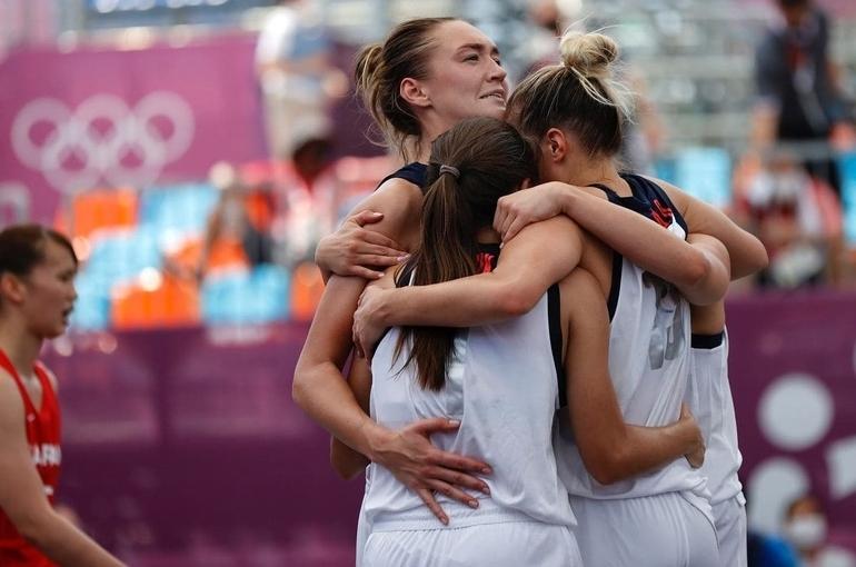 Женская сборная России по баскетболу 3х3 выиграла серебро Олимпиады