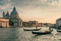 70 процентов итальянцев старше 12 лет полностью вакцинированы от COVID-19