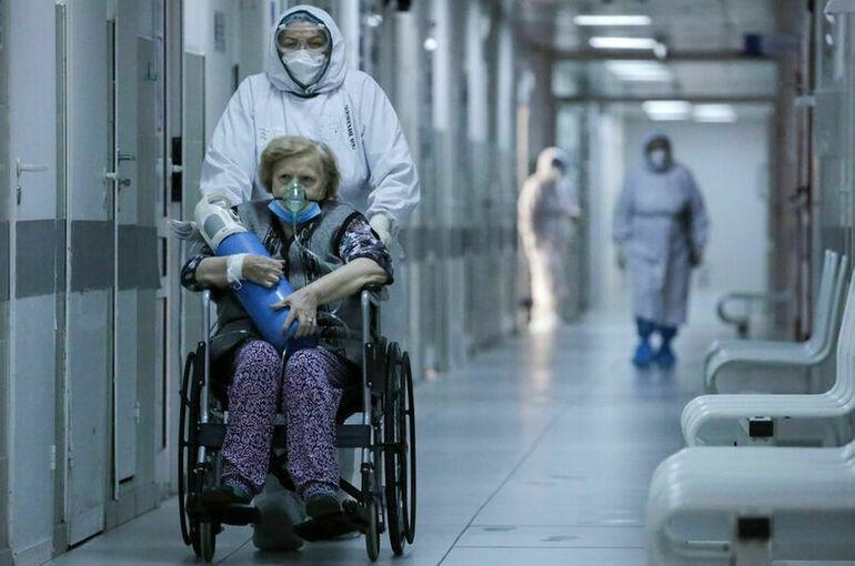 Чехия с 23 августа исключит Россию из списка стран с экстремальным риском по COVID-19