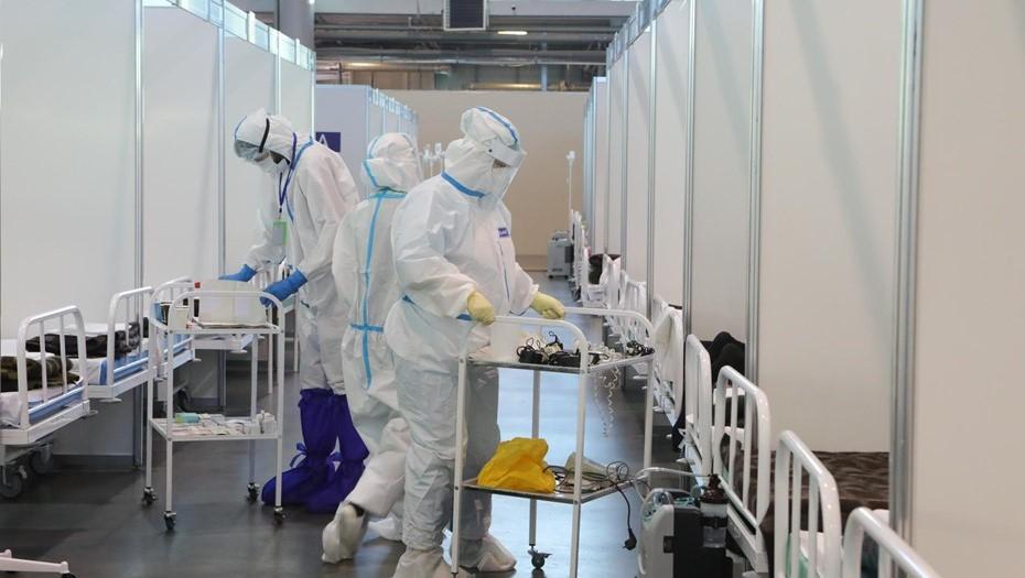 Число смертей от коронавируса в Петербурга снижается третий день подряд