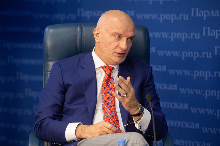Комитет СФ поддержал идею дать прокурорам инициативу в региональных парламентах