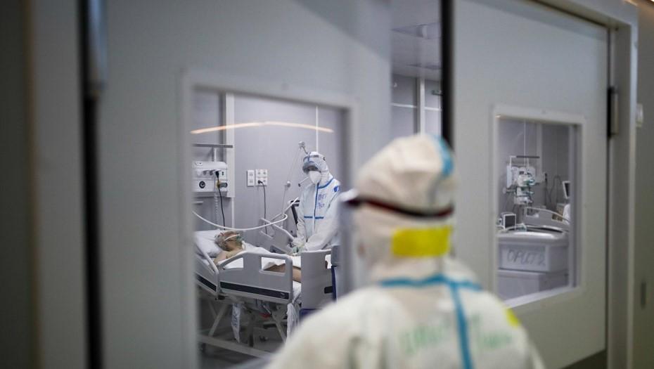 Почти 600 петербуржцев находятся в реанимации с COVID и пневмониями