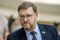Слуцкий: США должны прекратить давление на дипломатический корпус