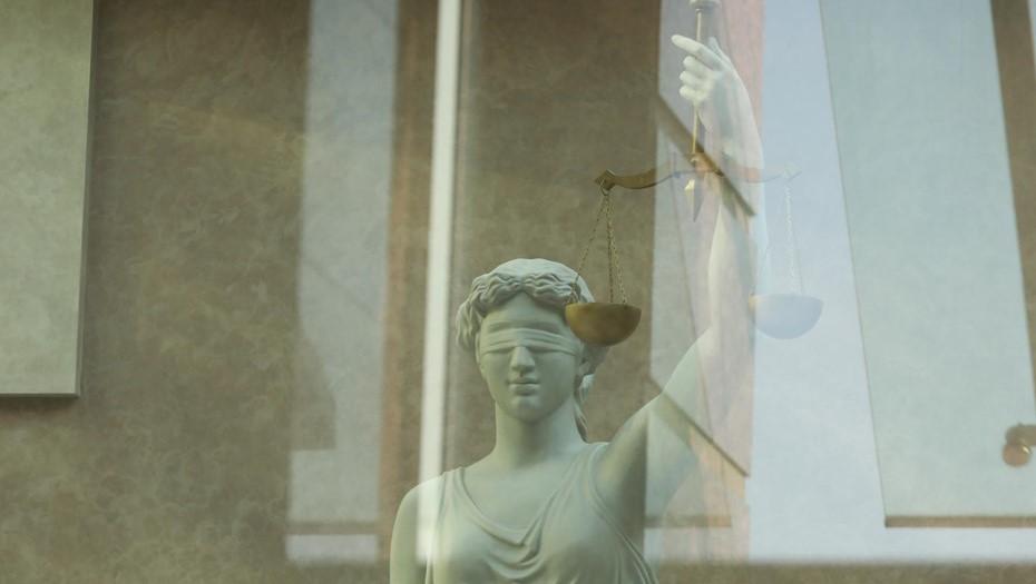 Суд оставил на свободе стрелка с Сенной площади