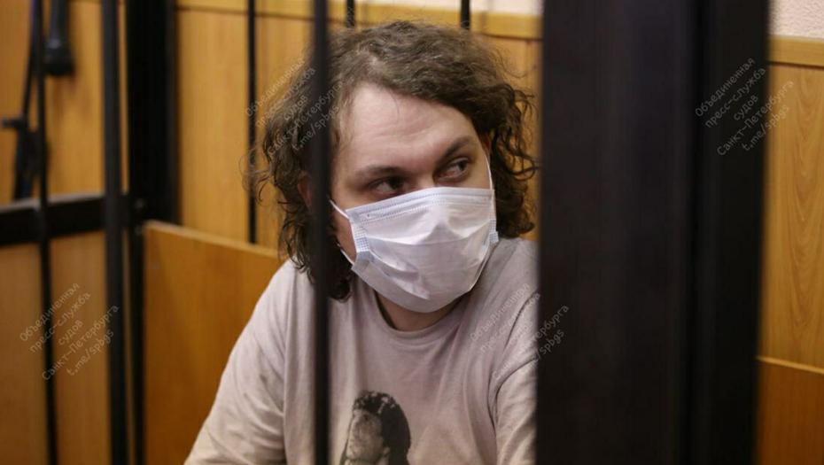 Суд в Петербурге оставил Хованского в СИЗО до сентября