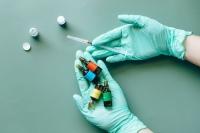 В Италии более 70% жителей сделали хотя бы одну прививку от COVID-19