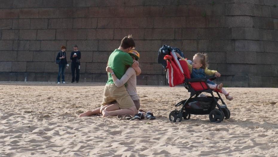 В Петербурге предложили ввести спецподготовку для приёмных родителей