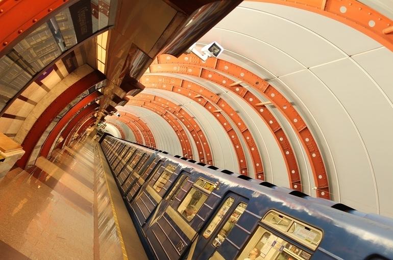 В Петербурге заменят порядка 800 вагонов метро