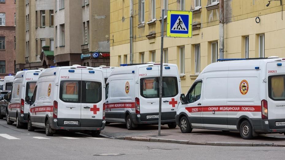 Главврач частной скорой заявил о начале в Петербурге четвёртой волны COVID-19