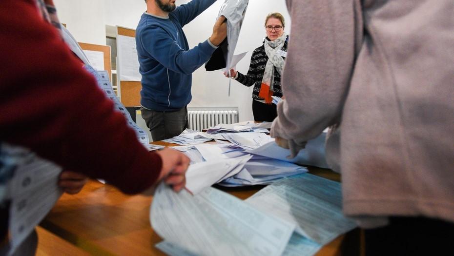 Избиркомы в центре Петербурга перестали пускать кандидатов и членов УИК