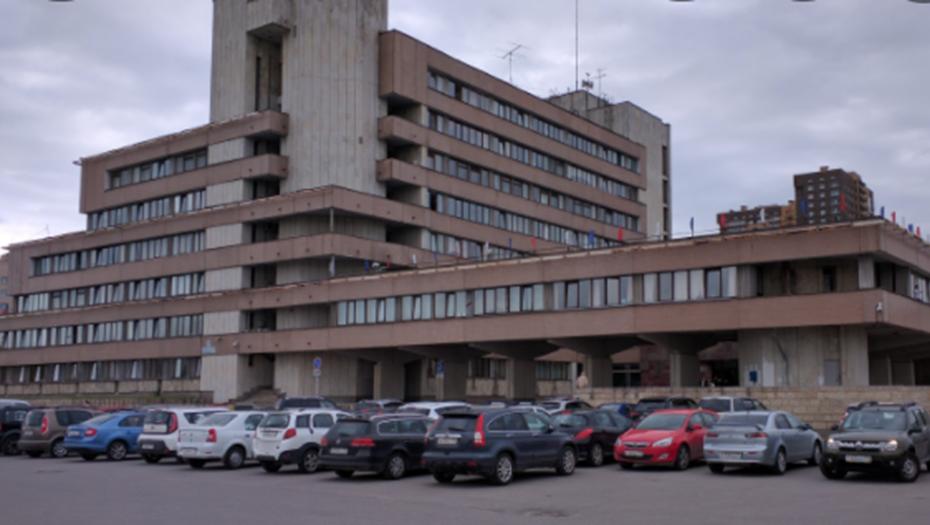 Обыски по делу о мошенничестве прошли в администрации Красносельского района