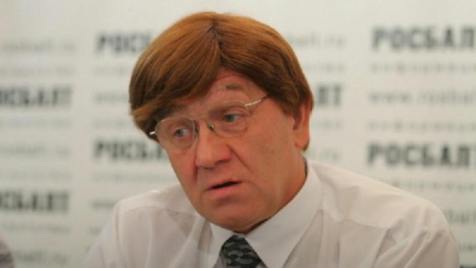 Александр Викторов.