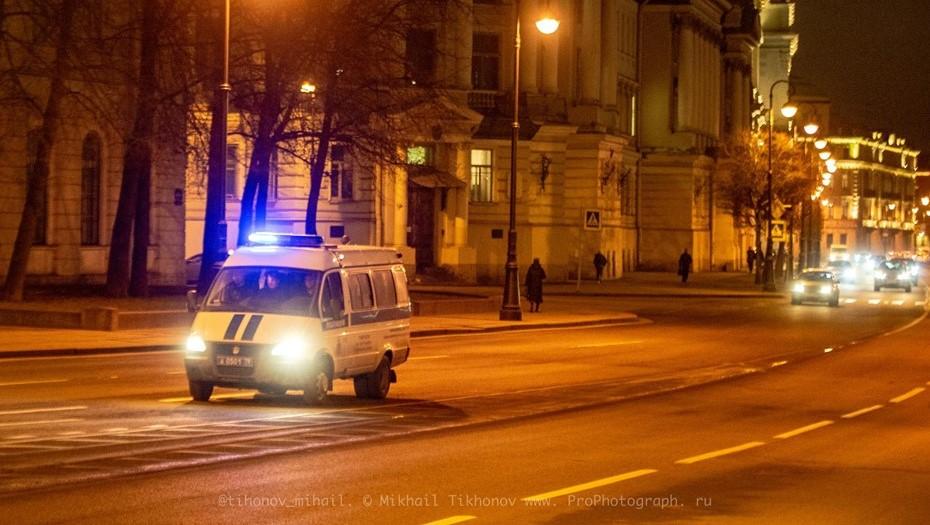 Двое вооружённых налётчиков ограбили аптеку в Красногвардейском районе