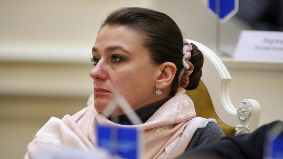 Мельникова стала замглавы комиссии ЗакСа по образованию, культуре и науке