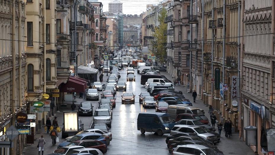 В 2022 году платную парковку на Рубинштейна сделают круглосуточной