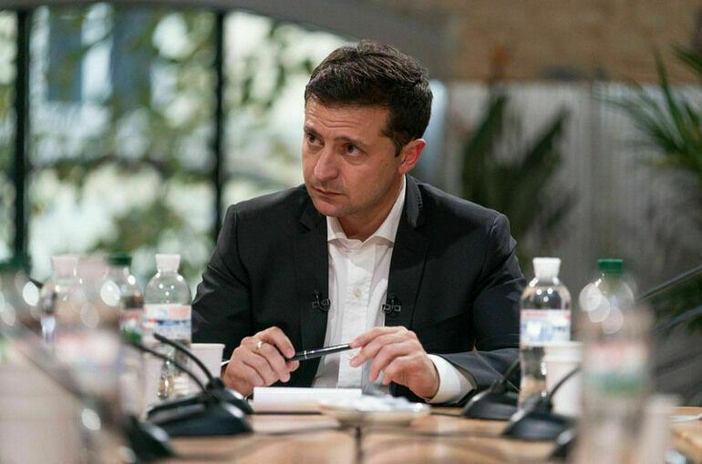 Зеленский пообещал заняться возвращением Саакашвили на Украину